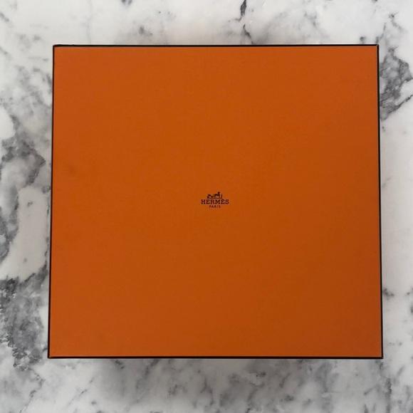 29683ce4b4 Hermes Bags   Authentic Birkin 35 Gift Box Paperpillow   Poshmark